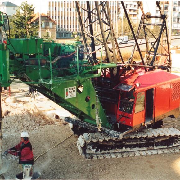 Pieux ouest entreprise tours pour chantiers de fondations for Logi ouest tours